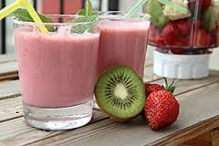 Batido de fresa y kiwi con leche