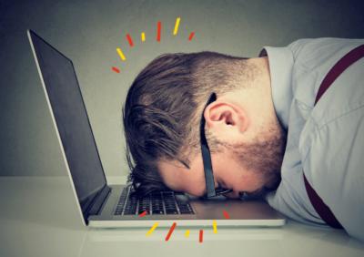 síntomas del estrés laboral