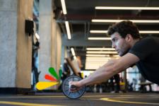 Mejora tu vitalidad con los mejores ejercicios de rueda abdominal