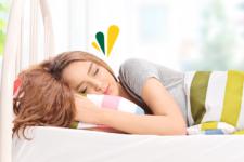 Conoce la mejor postura para dormir y levantarte vital y descansado