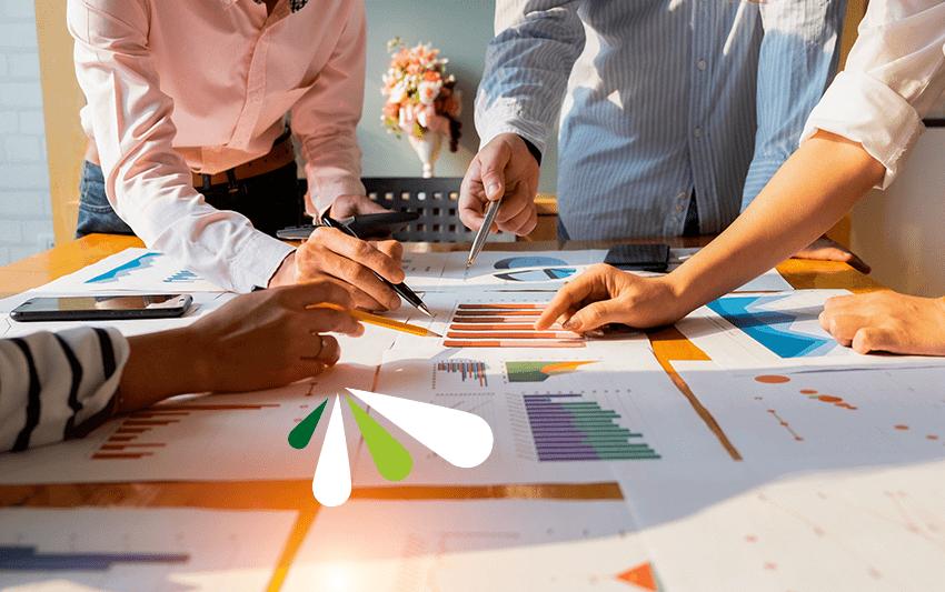 Qué es el brainstorming y cómo te ayuda a mejorar el trabajo en equipo